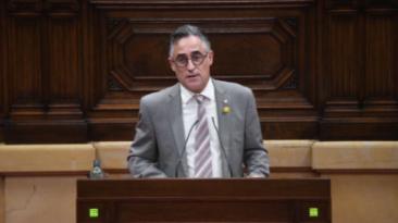 El conseller Tremosa durant la presentació del Projecte de llei al Parlament