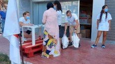 Entrega de lots d'aliments i d'higiene personal a famílies del municipi | Cunit